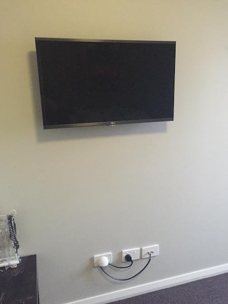 tv wall mount st leonards tv installation northern. Black Bedroom Furniture Sets. Home Design Ideas